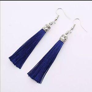 Jewelry - Bohemian silver top tassel drop earrings in blue